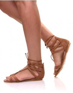 Sandales plates camel en suédine