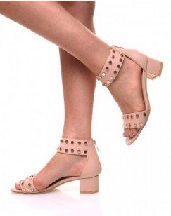 Sandales talon carré clouté beiges