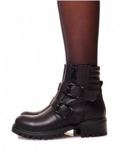 Boots plate noire effet lisse à multiples sangles