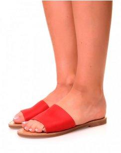 Nu-pieds en suédine rouges à larges brides