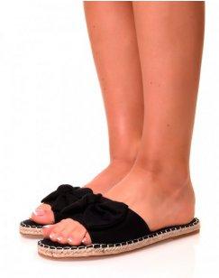 Nu-pieds noirs à noeuds