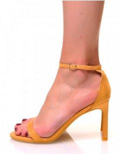 Sandales ouvertes jaunes en suédine à talons aiguilles